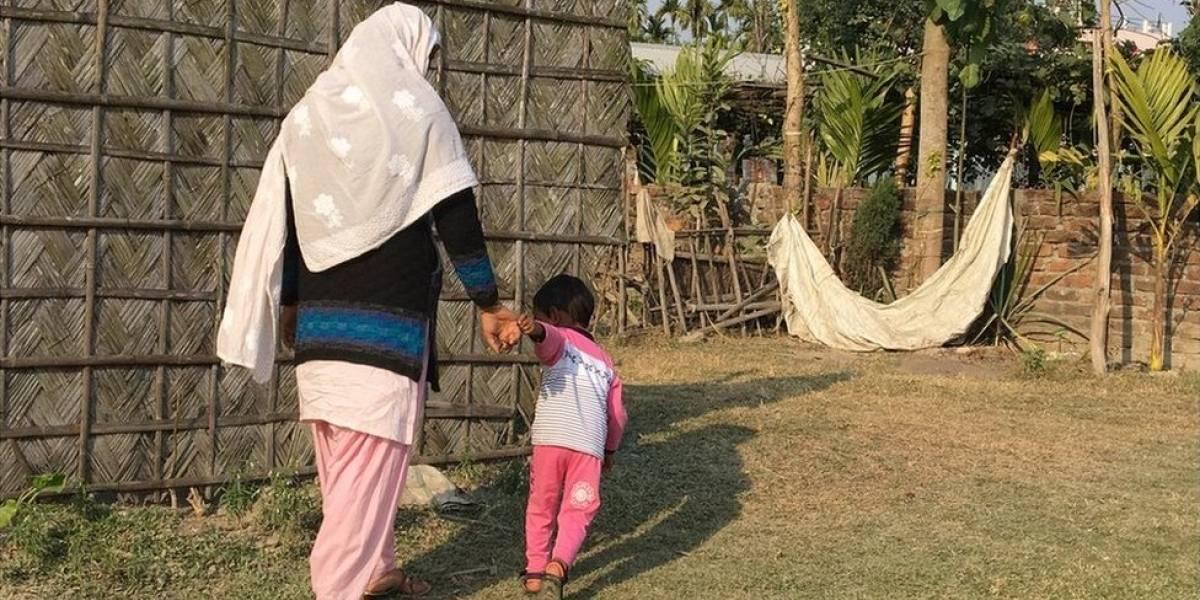 Os pais que tiveram seus bebês trocados na maternidade e se recusam a destrocá-los