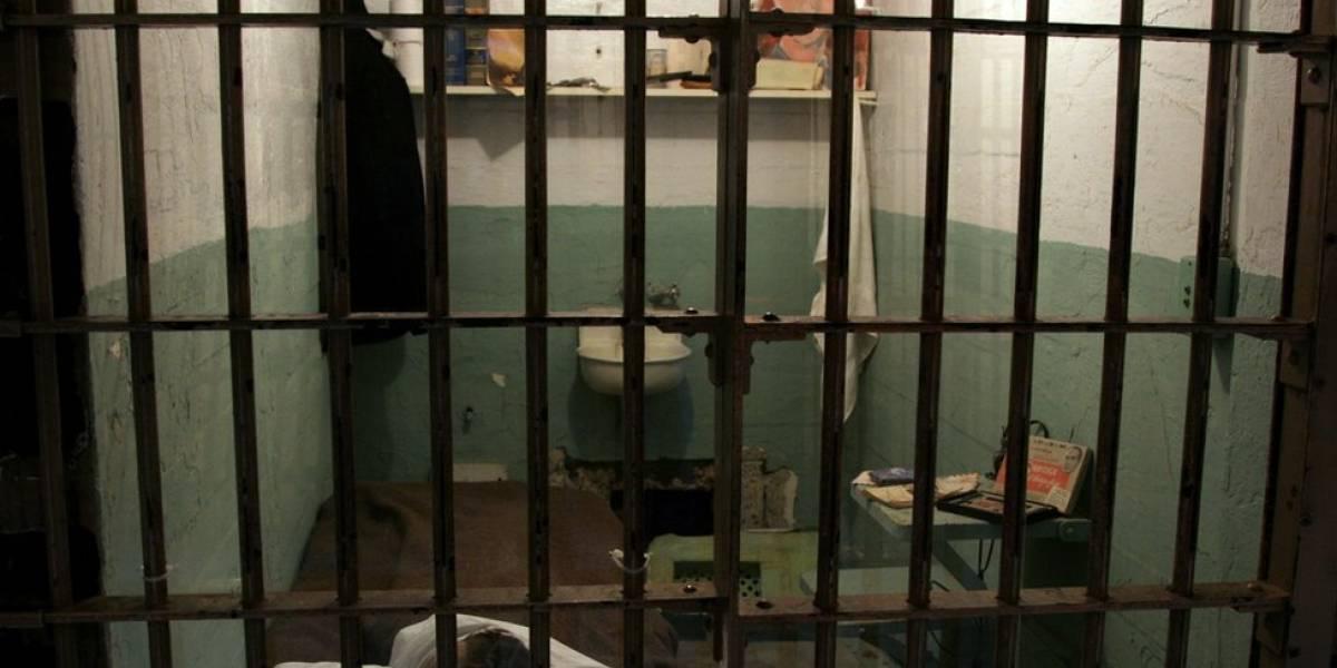 Asesinó a su esposa en su propia celda de cárcel, y se volverá a casar
