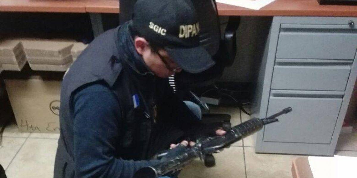 Fuerzas de seguridad localizan escondite de armas de la pandilla 18