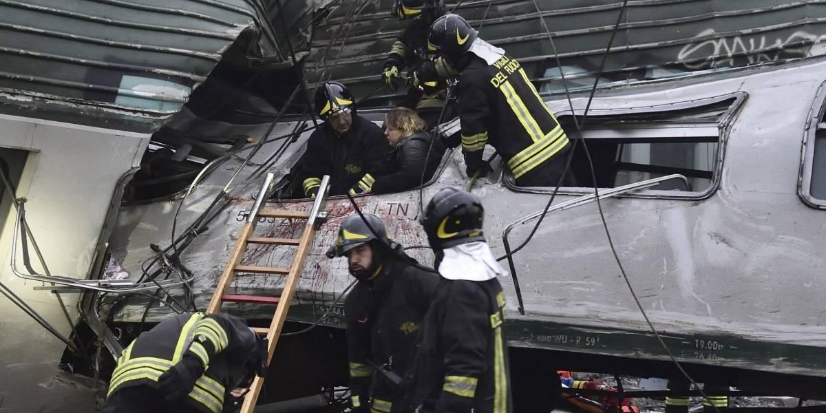 Al menos tres muertos por descarrilamiento de tren en Italia