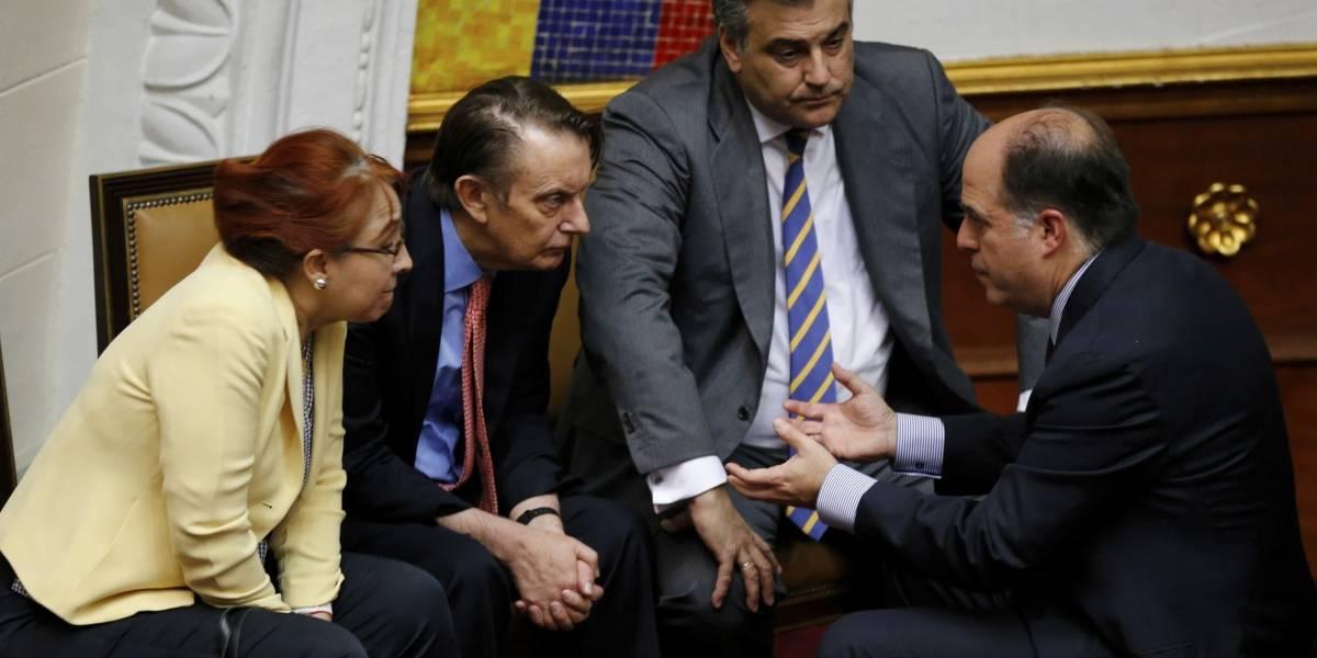 Gobierno de Maduro expulsa a embajador de España