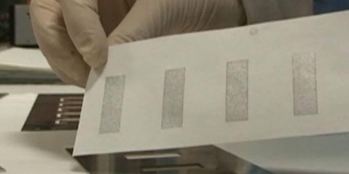 Científicos portugueses crean baterías de papel que se cargan con humedad