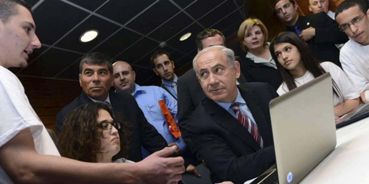 Israel recluta a jóvenes adolescentes para hacer frente a la ciberguerra