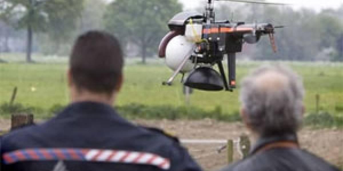 Policía holandesa estrenó minihelicóptero para detectar marihuana