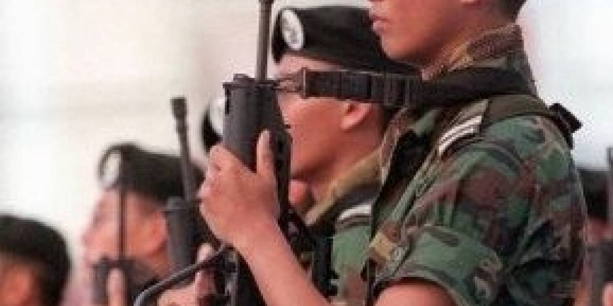 Ministerio de Defensa de Singapur distribuye 8 mil iPad 2 entre soldados