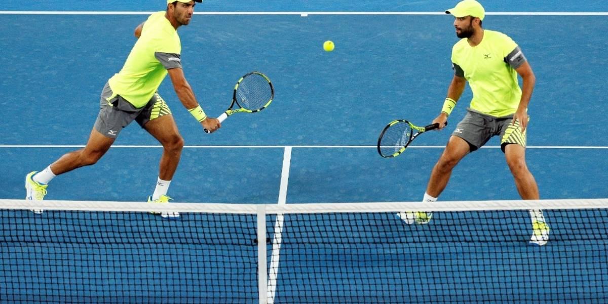 Tenistas colombianos Farah y Cabal irán a la final del Abierto de Australia