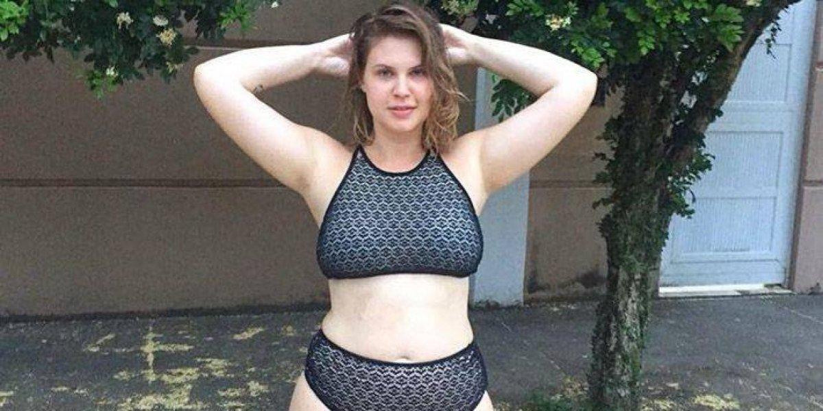 Carolinie Figueiredo posta foto de biquíni e fala sobre aceitação do corpo