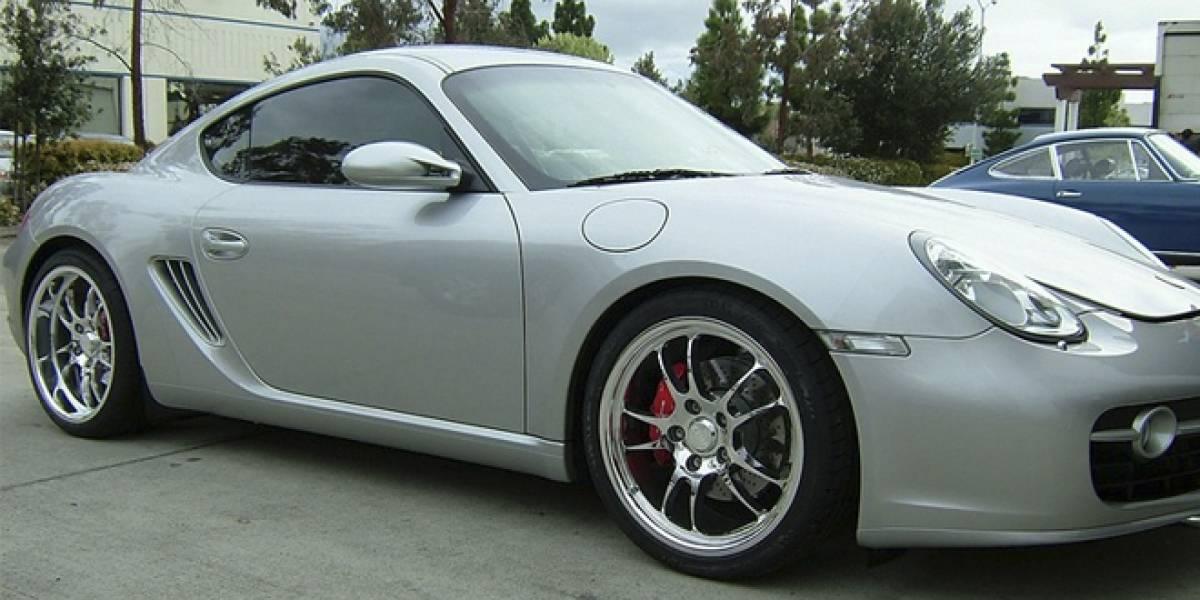 Familia vende un Porsche a 300 bitcoins... y se lo compran