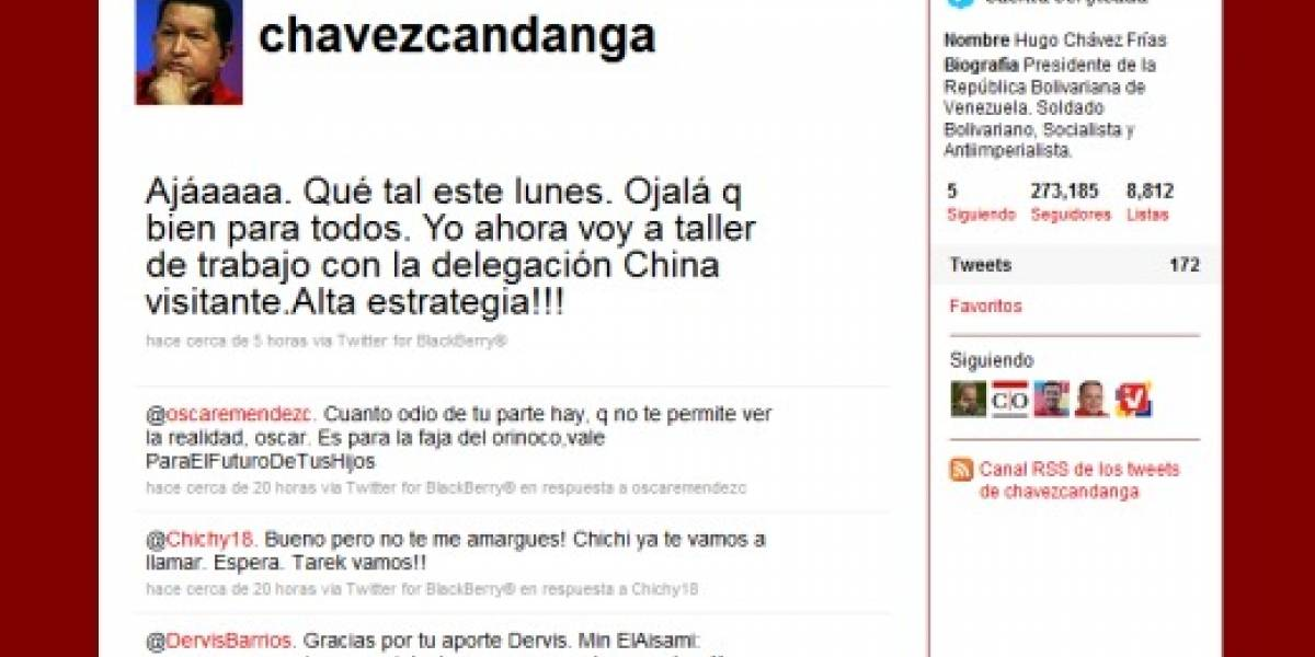 Chávez contratará a 200 personas para que le manejen su cuenta de Twitter