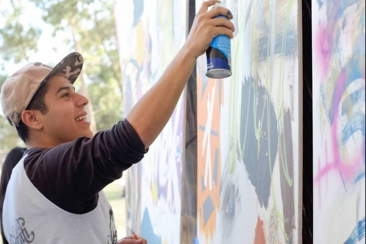 Artistas pintar n el mural m s grande el mundo en m xico for El mural jalisco