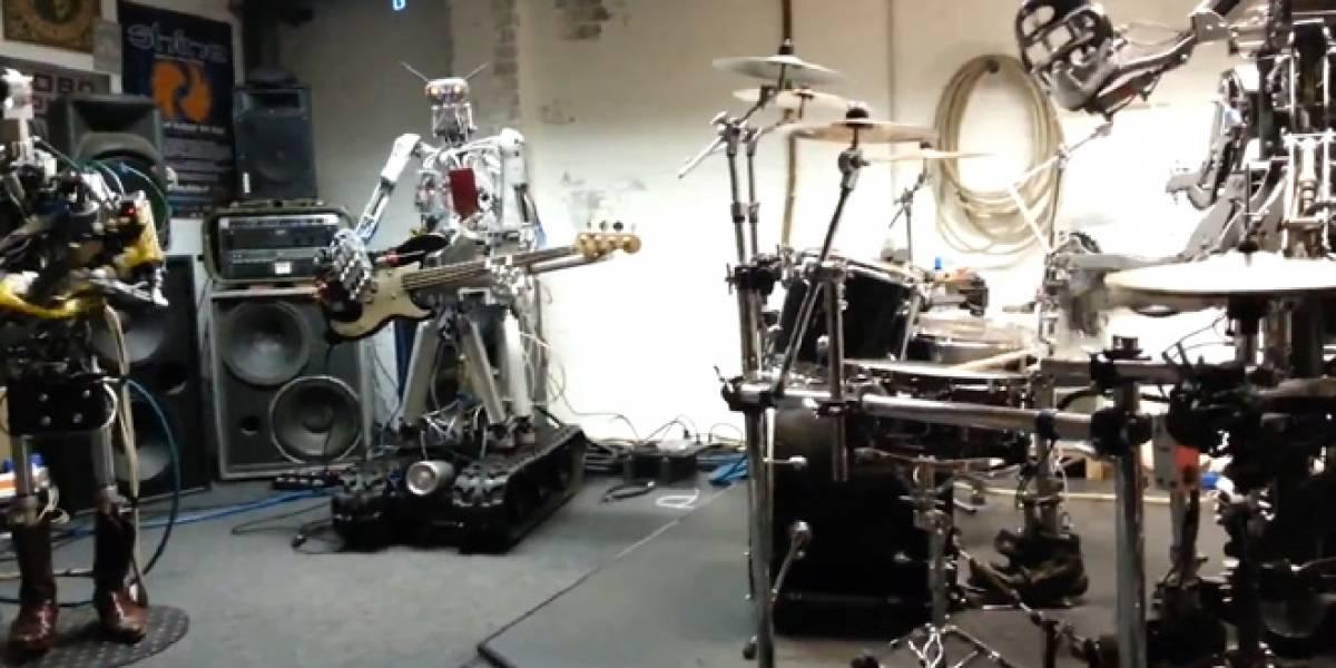 Banda de metal pesado pesa seis toneladas (Video)