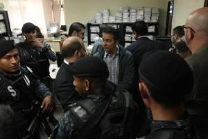 les hacen saber motivo de detención a detenidos en operativo de MP y CICIG