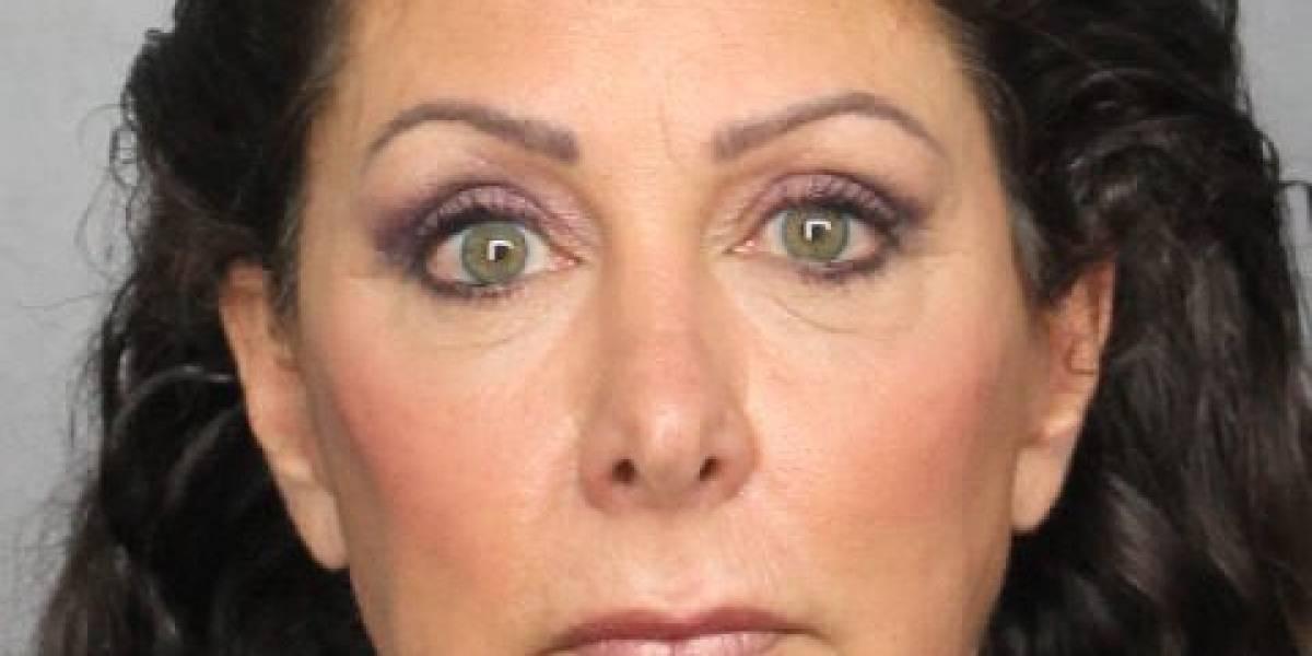 Arrestan a alcaldesa de Florida por lavado de dinero y corrupción