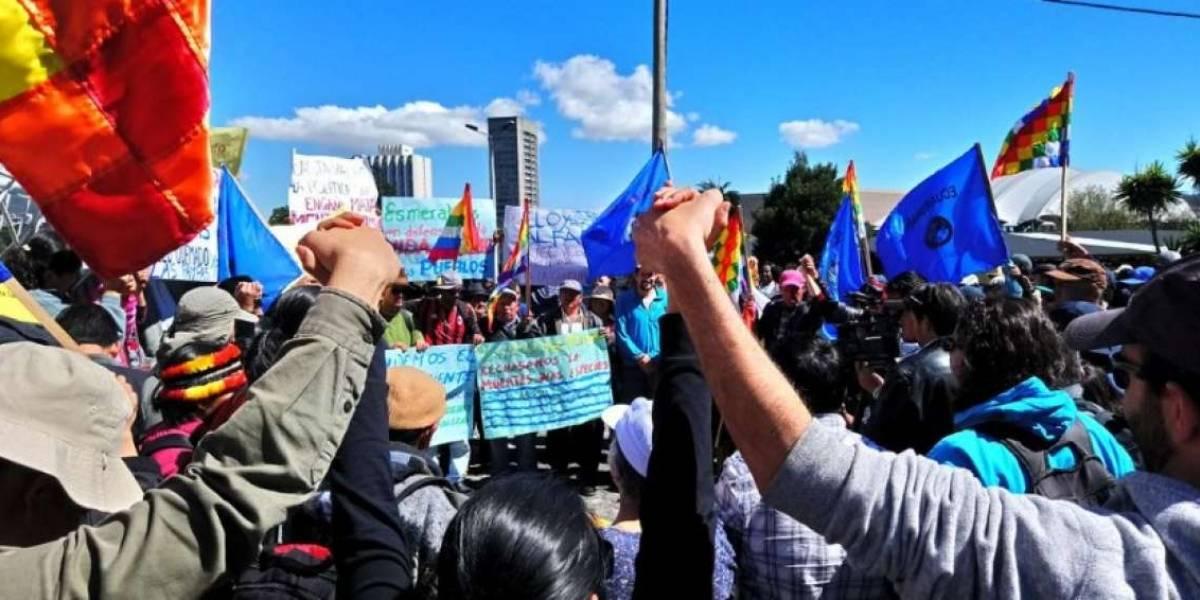 Grupos indígenas y verdes se movilizan contra explotación minera en Ecuador