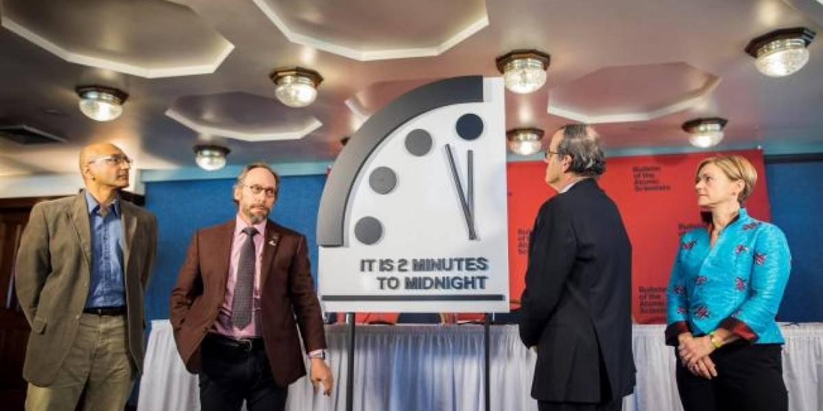 Adelantan Reloj del Apocalipsis por amenaza de guerra nuclear