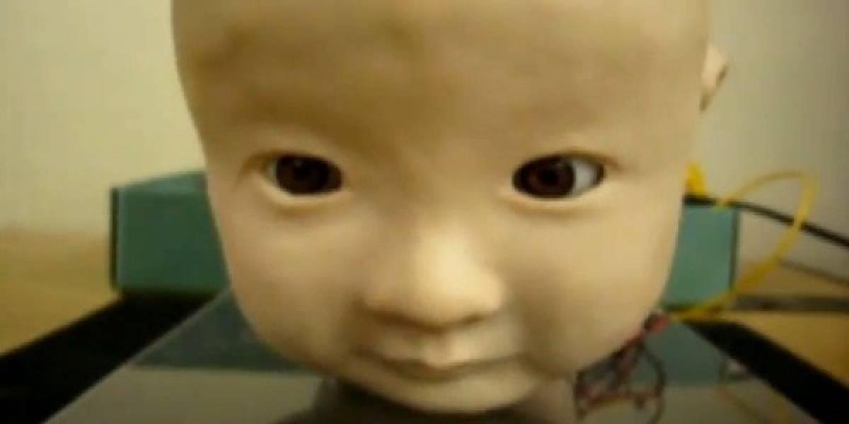 Esta realista cabecita de bebé robot da miedo de verdad