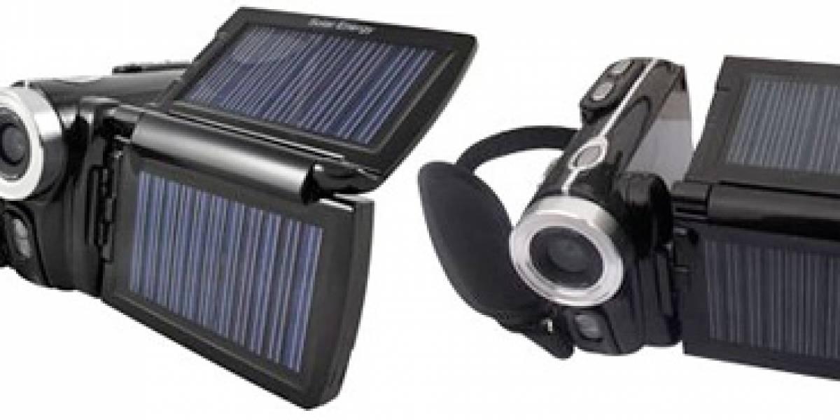 Jetyo HDV-T900: Videocámara con celdas solares