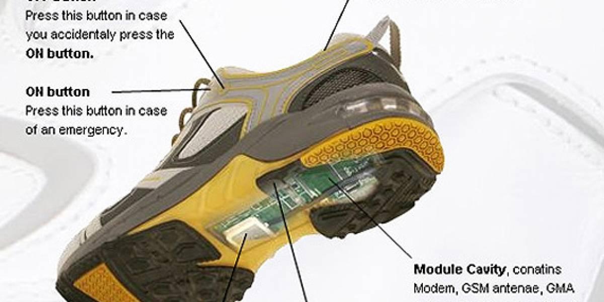 Zapatos con GPS que se cargan caminando