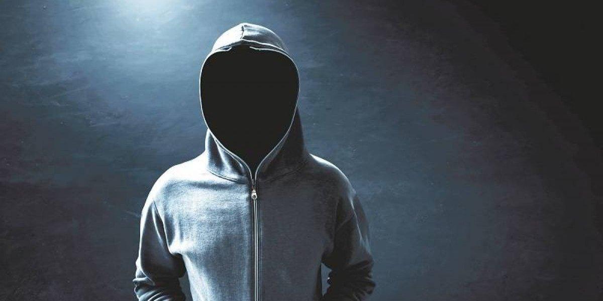 El hombre se las arregló para permanecer anónimo en Internet por más de 25 años