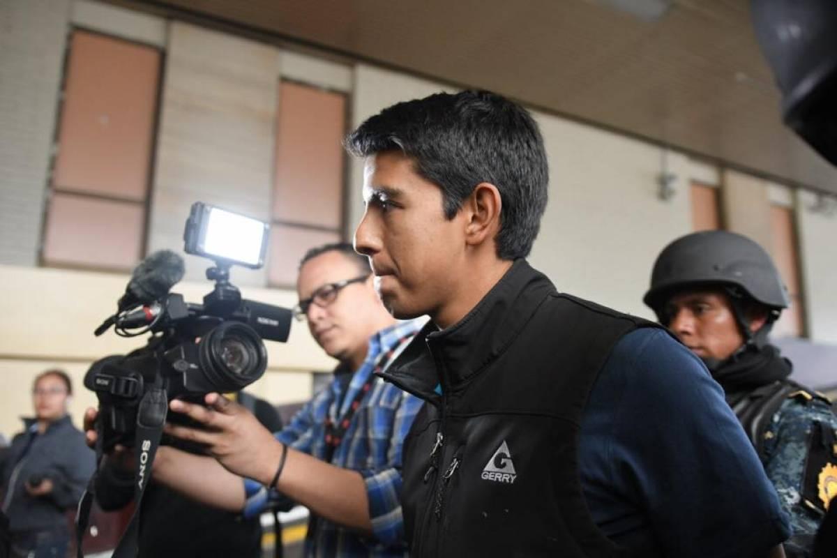 Marlon Estuardo Marroquín Silva llega a Tribunales Foto: Omar Solís