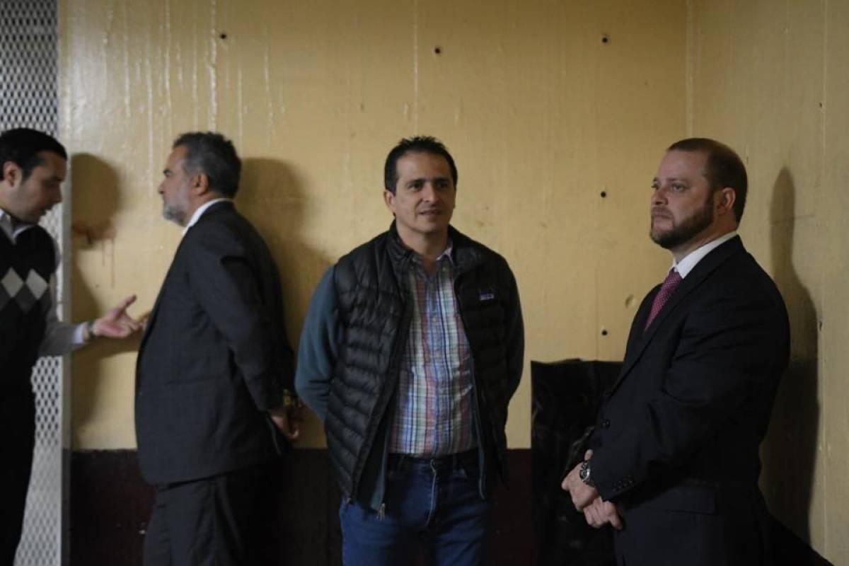 Luis Fernando Leal es trasladado a Tribunales Foto: Omar Solís