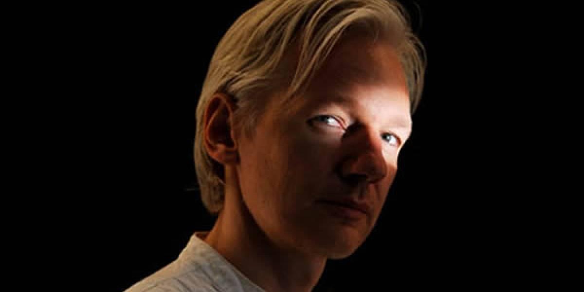 "Pilluelo demanda a Assange y WikiLeaks por causarle ""severa angustia emocional"""