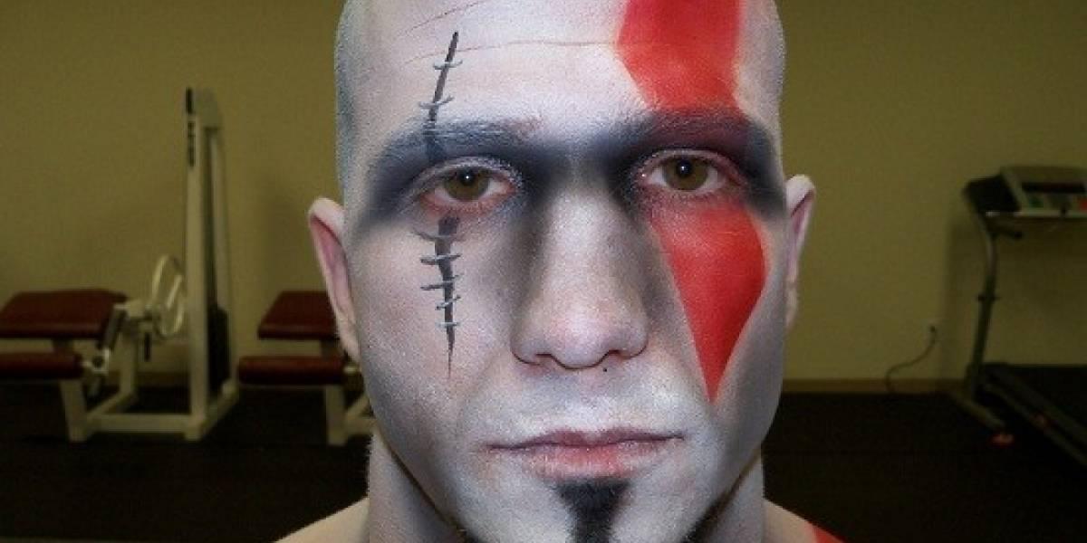 Kratos muestra su arsenal de combate en Mortal Kombat