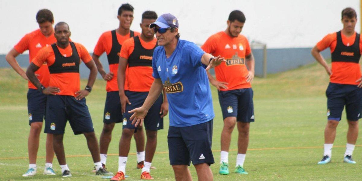 """Mario Salas en modo Perú: """"La verdad es que no tengo idea lo que está pasando en el fútbol chileno"""""""