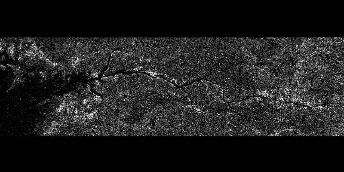 Descubren un extenso río en una de las lunas de Saturno