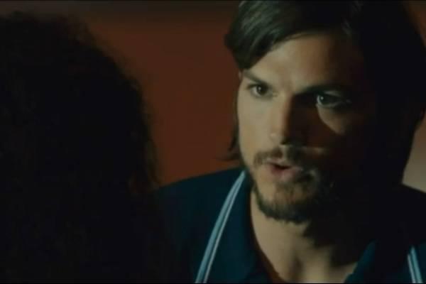 05f942ab78e Woz opina que la escena de Ashton Kutcher como Steve Jobs es