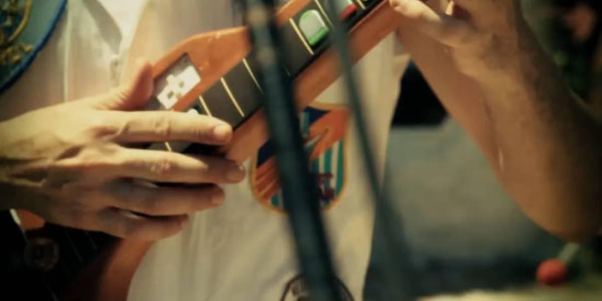 Brasileños crean música usando controles de videojuegos