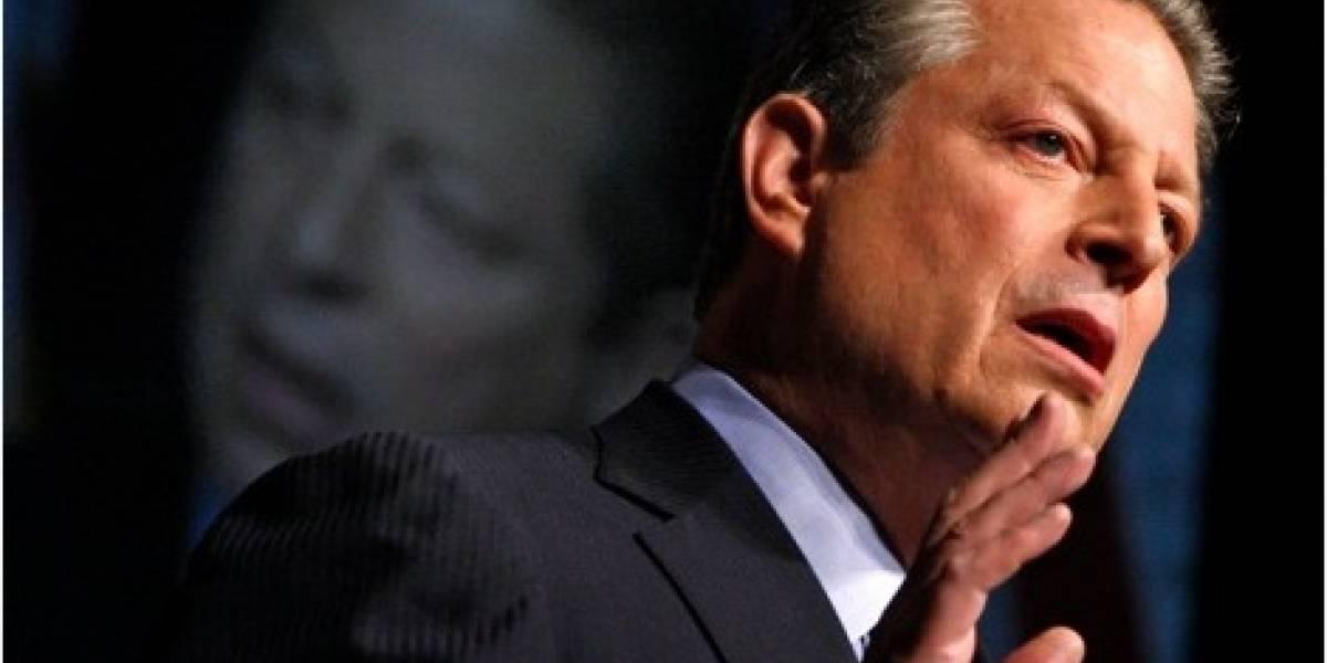 Al Gore habría anunciado dos iPhone para octubre