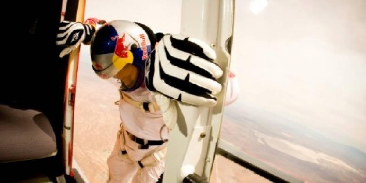 Austriaco planea saltar de un avión y romper la barrera del sonido