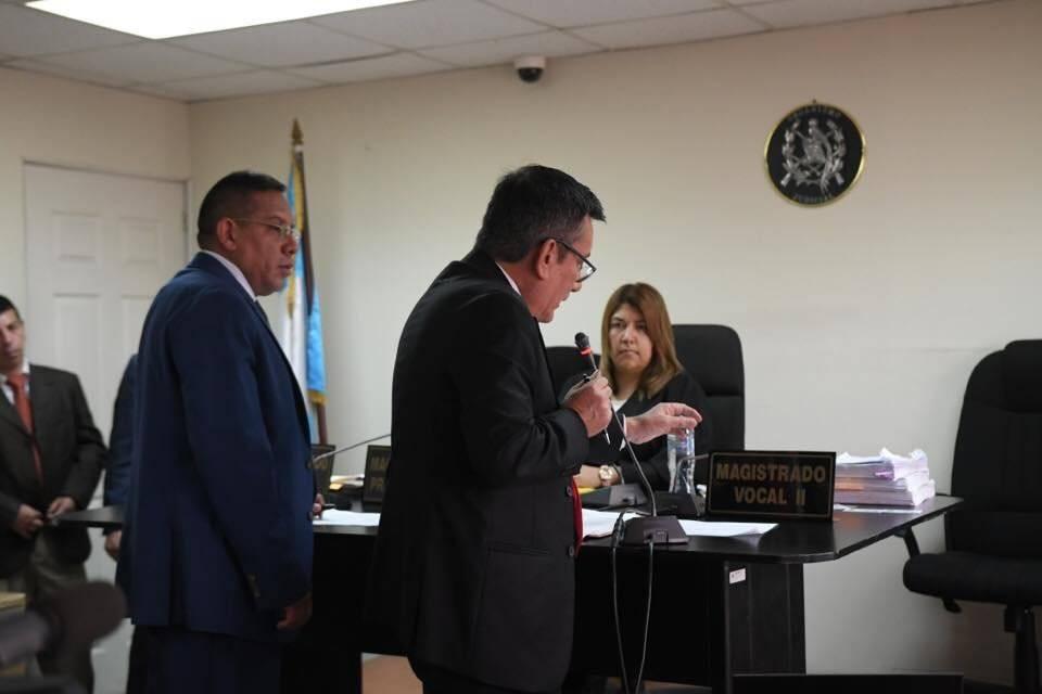 Roberto Villate presenta pruebas de descargo