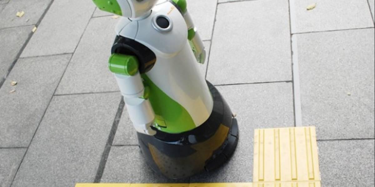 Robovie-R Ver.3: Robot asistente para personas discapacitadas o ancianos