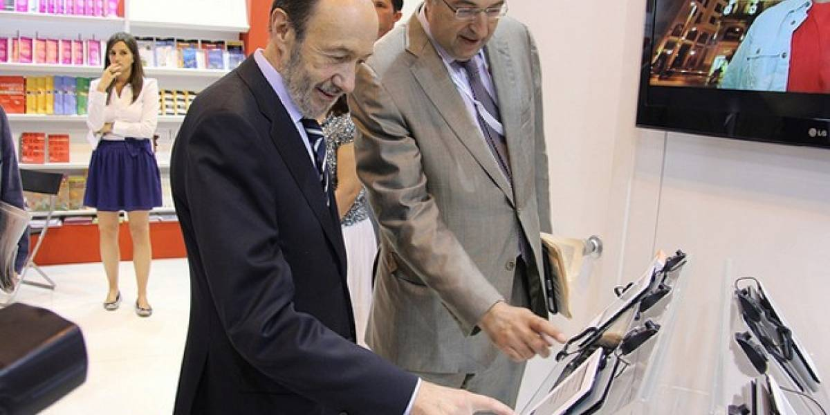 España: Rubalcaba promete que bajará el IVA hasta el 4% para los Libros Electrónicos