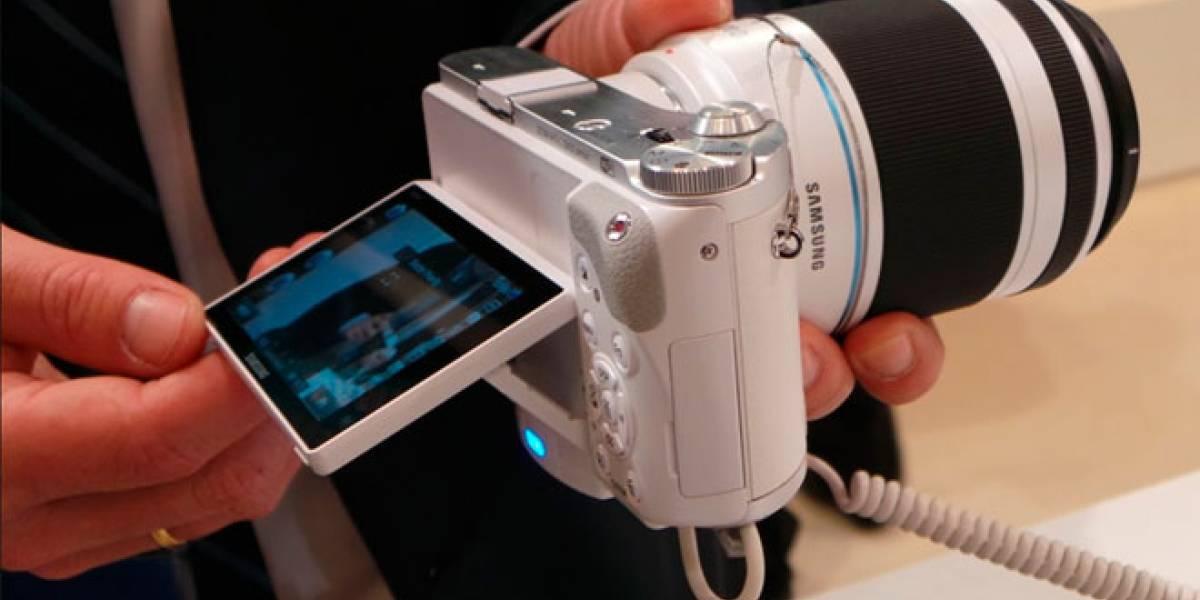 Samsung Smart Cámara NX300 a primera vista