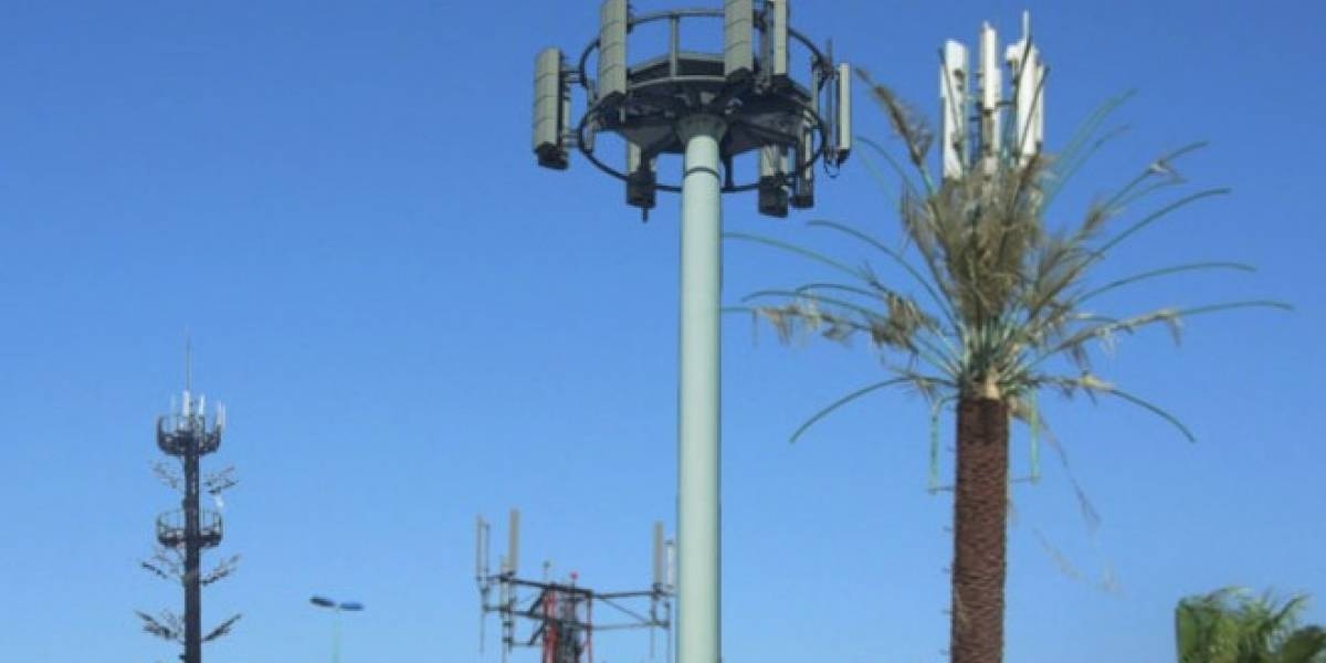 Pobladores en Santiago de Chile reclaman por exceso de antenas telefónicas en barrios residenciales