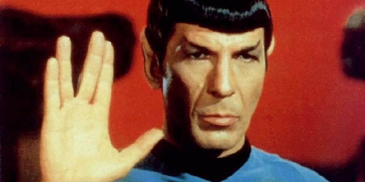 """Luna de Plutón podría llamarse """"Vulcano"""" gracias al Capitán Kirk y Spock"""