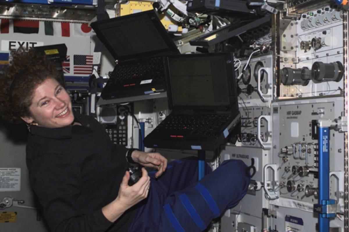 Computadoras de la Estación Espacial Internacional usarán Linux en lugar de Windows XP