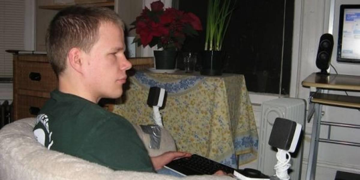 Impresionante: un gamer invidente que juega Zelda OoT