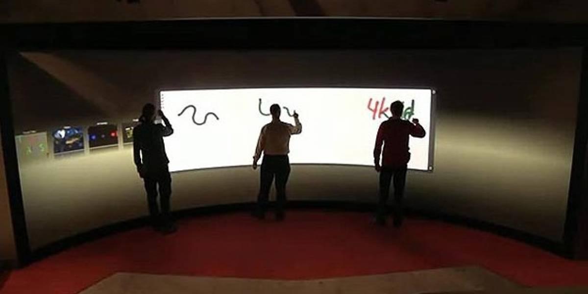 Holandeses desarrollan pantalla táctil más grande del mundo