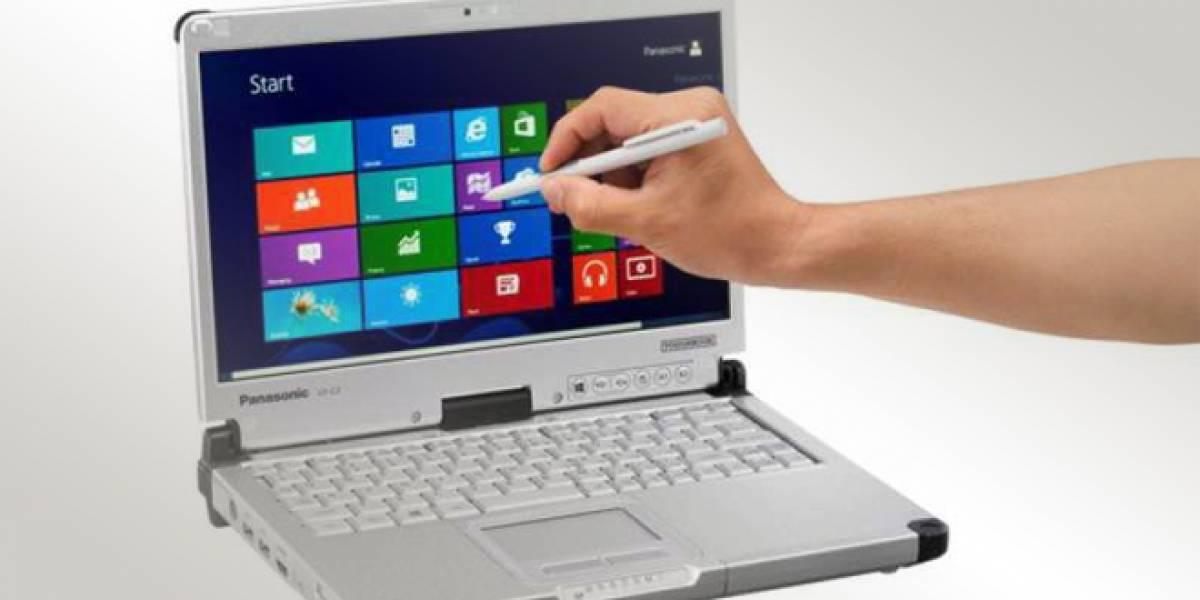 Panasonic presenta su híbrido con Windows 8 a prueba de todo