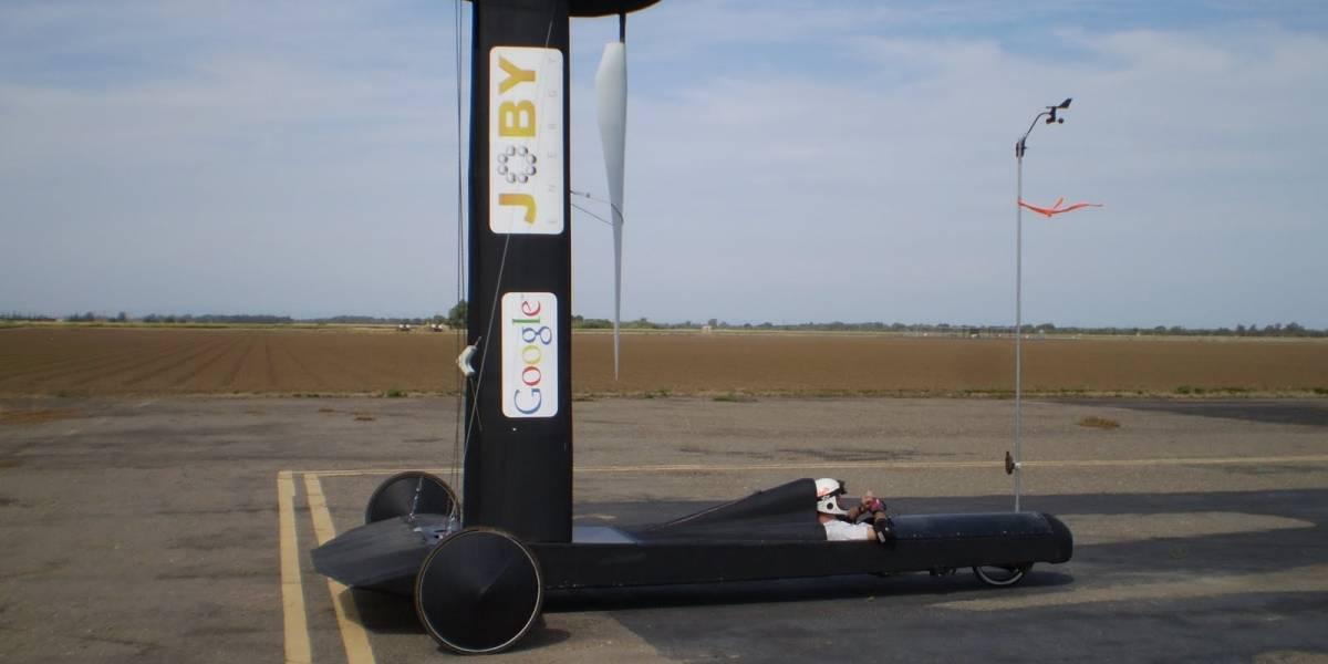 Auto a energía eólica es más rápido que el viento