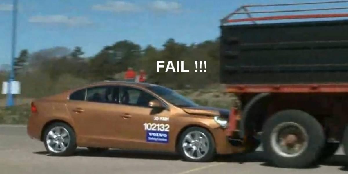 Sistema de prevención de accidentes de Volvo falla en plena presentación