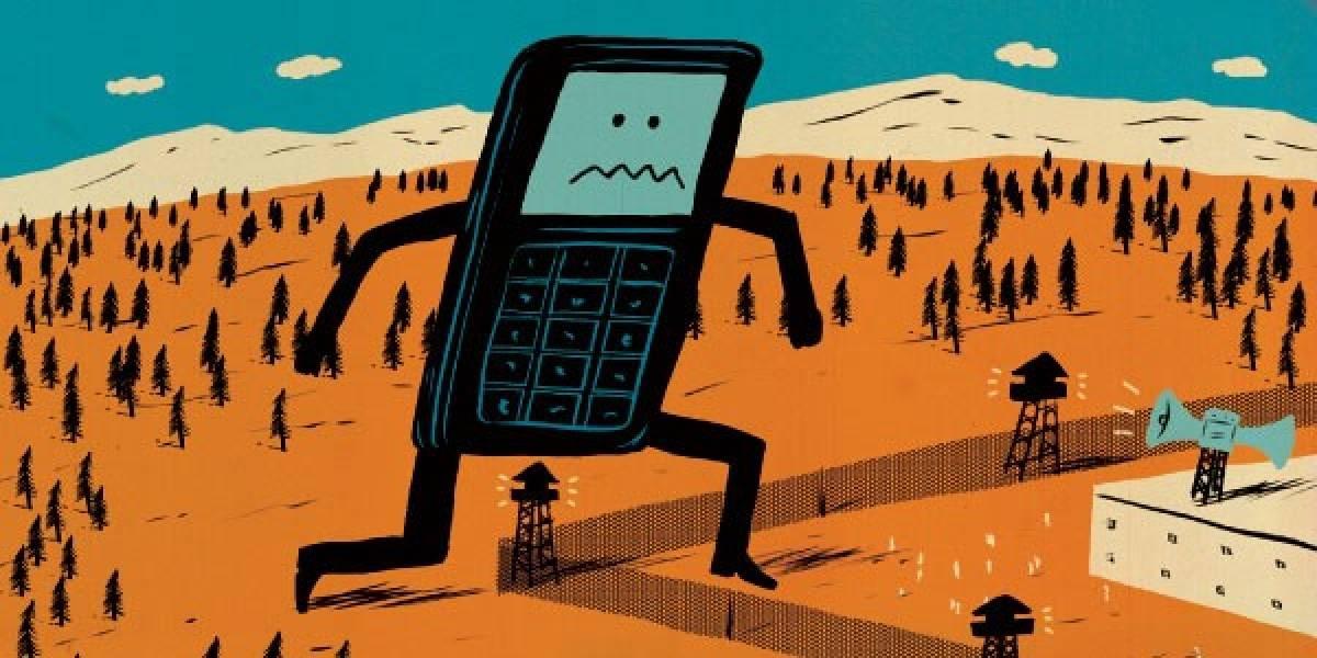 Prisiones estadounidenses prueban nuevo método para detener contrabando de celulares
