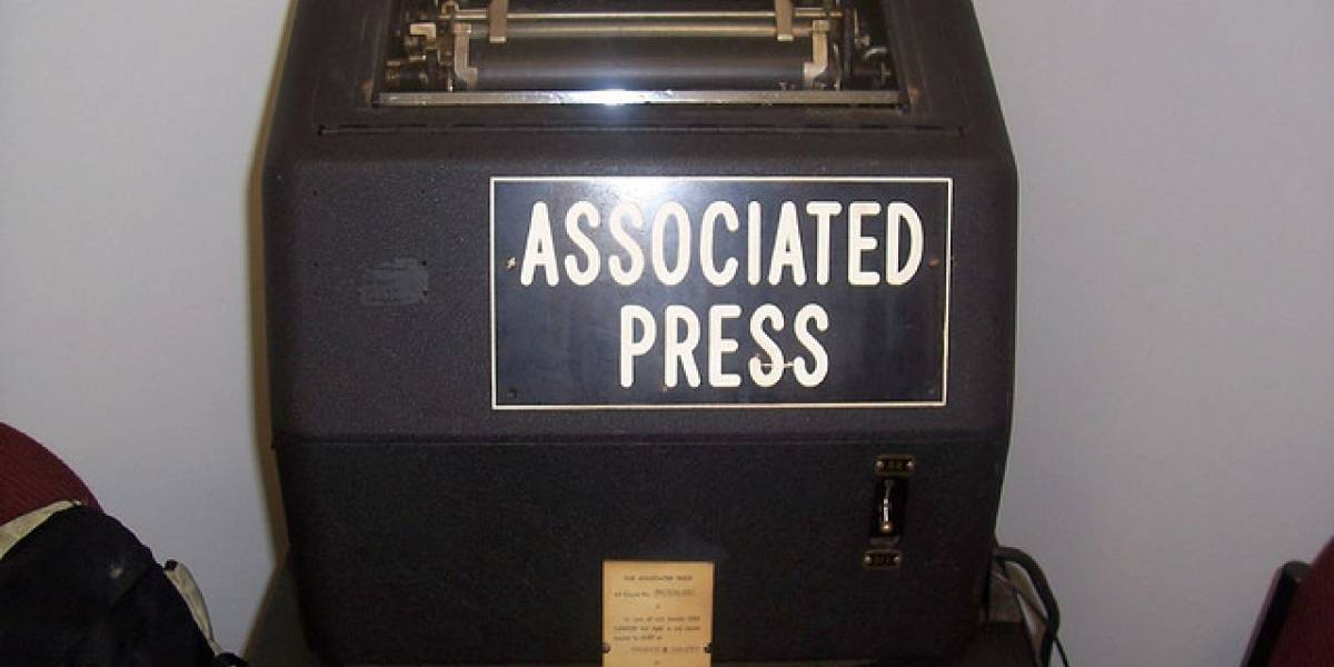 Manual de Estilo de la agencia AP incluye guía sobre el uso de redes sociales