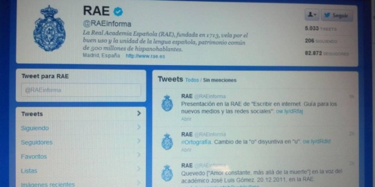 """RAE incorpora las palabras """"Tuitear"""", """"tuit"""", """"tuiteo"""" y """"tuitero"""" a su diccionario"""