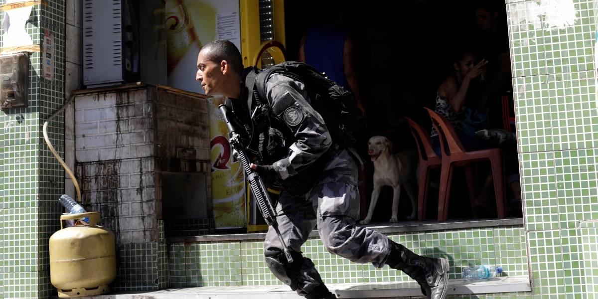 Confronto entre criminosos e policiais na Rocinha deixa dois mortos