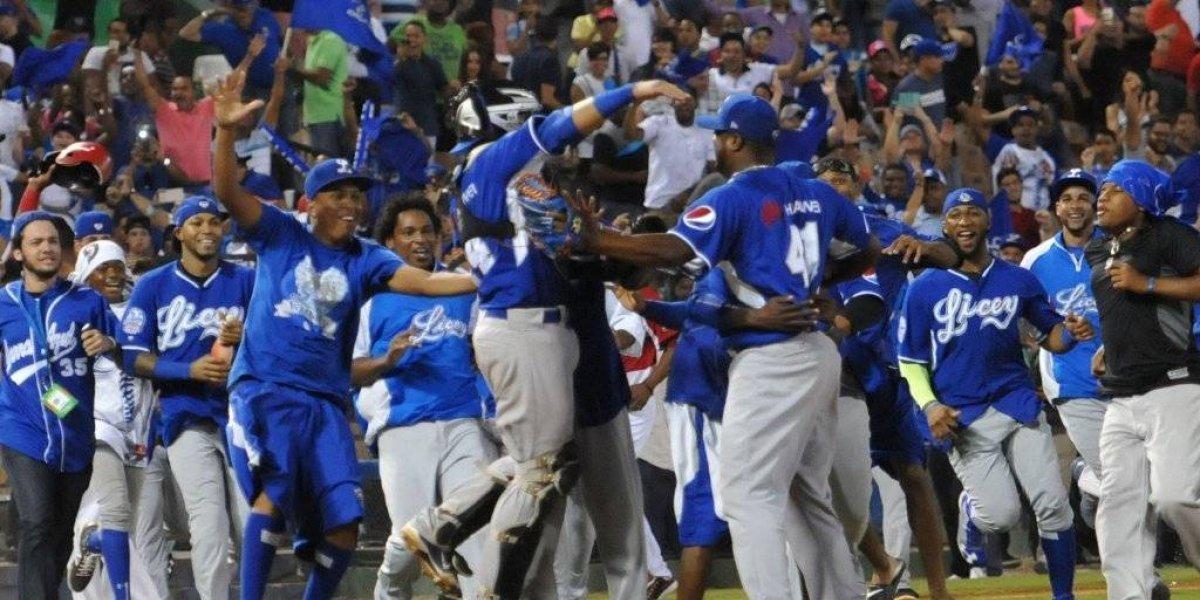 Tigres logran primera victoria en la final del béisbol dominicano